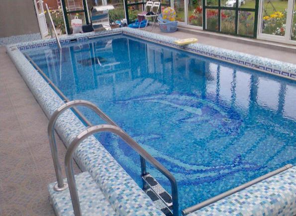 Оборудование и павильоны для бассейнов