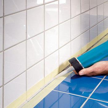 Использование герметика для ванной