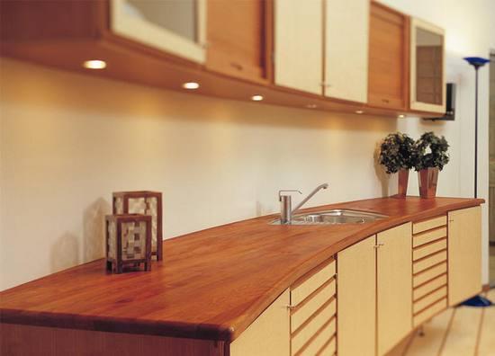 Преимущества мебели из сосны и правила ухода за ней